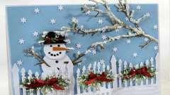 """Аппликация """"снеговик"""" из бумаги, ткани, ваты и вязанных из пряжи деталей"""