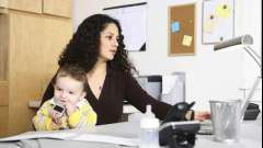 Чем можно заняться дома во время отпуска по уходу за ребенком?