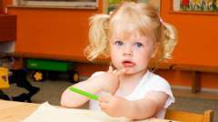 Что подарить девочке на 2 года, как выбрать подарок?