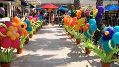 Цветы из шаров: экономичный вариант эффектного декора