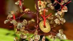 Делаем денежное дерево из монет