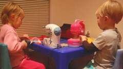 Детская швейная машинка - прекрасный подарок юной моднице