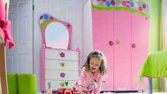 Детский шкаф в комнату для девочки