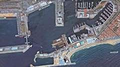 Древний и современный международный испанский порт. Барселона