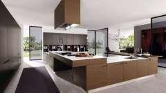 Фасады для кухни: массив дерева как залог прочности и надежности