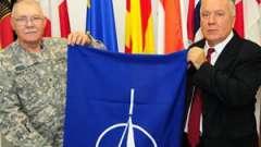 Флаг нато - официальный символ североатлантического альянса