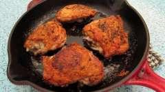 Готовим куриные бедрышки на сковороде