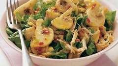 Готовим салат с грибами и курицей, и сыром, а также другие варианты блюда с мясом птицы