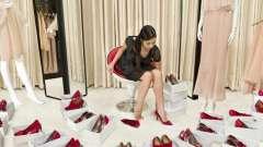 К чему снится мерить обувь? Толкование сна