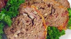 Как готовится мясной рулет с овощами?