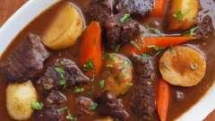 Как приготовить азу из говядины с солеными огурцами