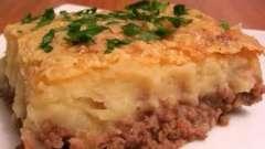 Как приготовить запеканку картофельную с фаршем из телятины или консервированной рыбы?