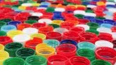 Как сделать дорожки из пробок от пластиковых бутылок