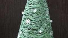 Как сделать елки своими руками из ниток