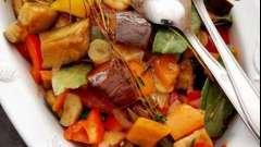 """Как сделать вкусное овощное рагу в мультиварке """"поларис""""?"""