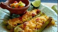 Как вкусно и красиво приготовить лодочки из кабачков, фаршированные мясом, овощами или грибами