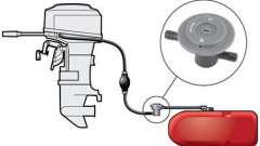 Как выбрать бак топливный для лодочного мотора?