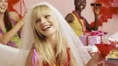 Как выбрать подарок невесте на девичник?