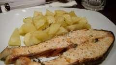 Как запечь форель в духовке: простой рецепт потрясающего блюда