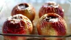 Как запечь яблоки в мультиварке: четыре простых рецепта