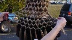 Как заплести косу-водопад для распущенных волос