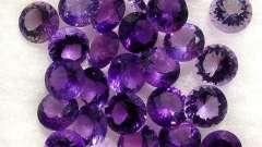 Какие камни подходят водолеям-женщинам? Украшения по гороскопу