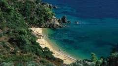 Какое море омывает турцию с севера, запада и юга?