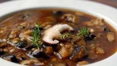 Калорийность грибного супа удовлетворит все ограничения строгой диеты