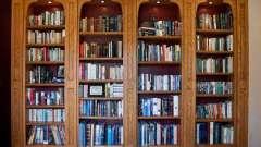 Книжный шкаф со стеклянными дверцами: разновидности и особенности конструкции