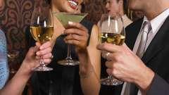 Когда и с чем пьют ликеры?