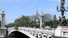 Красивейший памятник архитектуры, названный в честь александра 3, - мост в париже