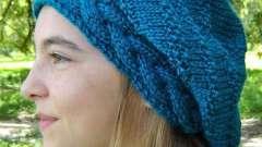 Красивый и теплый аксессуар - шапка с косами. Спицами научимся вязать такой головной убор