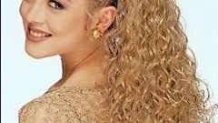 Кудри на длинные волосы добавят романтичности и женственности