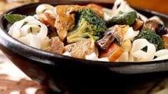 Кусочки курицы с овощами: рецепты и способы приготовления