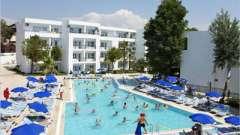 Larissa beach club side – хороший отдых и немного истории