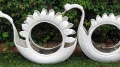 Лебедь из покрышки своими руками украсит любой двор