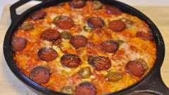 """""""Ленивая"""" пицца на сковороде. Рецепты приготовления"""