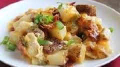 Любимое блюдо на вашем столе: как запекать картошку с курицей в духовке