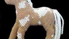 Лошадь из бисера: мастер-класс по плетению