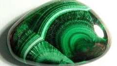 Малахит-камень: свойства и характеристика