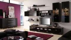 Мебель горка в интерьере гостиной