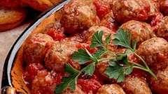 Мясные и рыбные тефтели в соусе: разные варианты приготовления