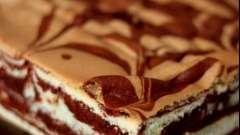 Мраморный кекс в мультиварке: вкусный и очень красивый десерт!