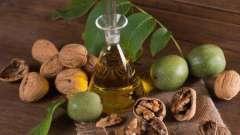 Настойка на перегородках грецкого ореха (на самогоне): приготовление в домашних условиях, польза