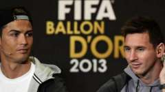 """Один из самых актуальных футбольных вопросов: """"месси против роналдо - кто лучше?"""""""