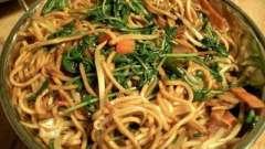 Особенности и калорийность: лапша рисовая