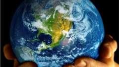 Первый человек на земле: родственник обезьяны или творение бога?
