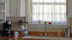 Подбираем идеальные гардины для кухни