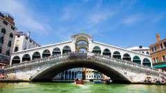 Подлиная жемчужина венеции - древний мост риальто