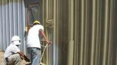 Покраска металлоконструкций: основные этапы и требования